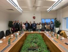 """W dniach 21-24 listopada 2019 roku trwała wizyta studyjna w """"Centrum Aktywności Europejskiej Rodziny"""", projekcie ponadnarodowym, w którym """"Stowarzyszenie Dorośli-Dzieciom"""" w Sępólnie Krajeńskim wraz z partnerem z Portugalii """"ProAtlântico –Associação Juvenil"""", na podstawie własnej wiedzy i wymiany doświadczeń, opracowali metodę pracy z rodziną w otwartym środowisku."""